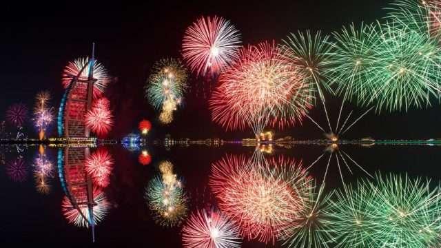 Новогоднее световое шоу в Дубае попало в Книгу рекордов Гиннесса-7 фото + 1 видео-