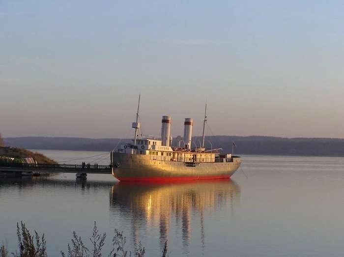 Два Байкальских ледокола-4 фото-