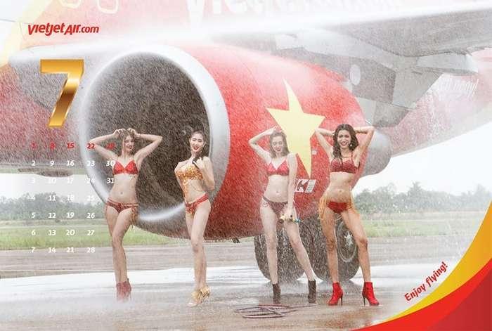 Вьетнамская авиакомпания выпустила -бикини-календарь--12 фото-