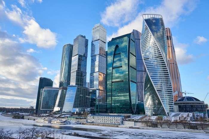 Поездка на такси между башнями -Москва-Сити- обошлась в два миллиона-5 фото-