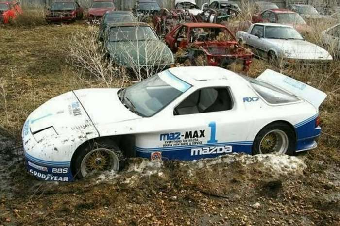 Кладбища машин, на которых еще можно отыскать жемчужину-13 фото-
