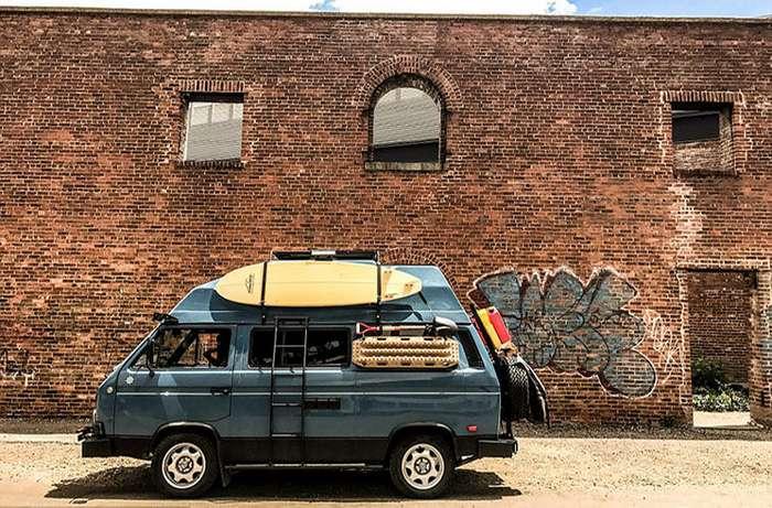 Американец продал дом и поехал путешествовать в фургоне