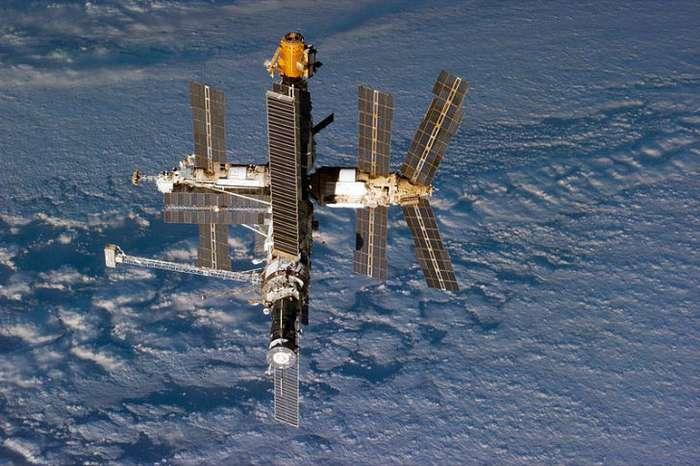 История того, как станция -Мир- передавала сигналы после затопления