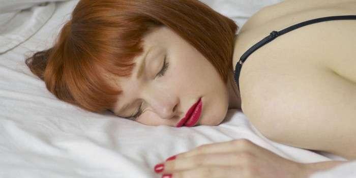 8 вредных привычек, которые точно испортят даже роскошные ресницы