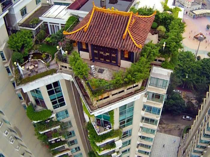 15 идиллических домиков, построенных на крышах многоэтажек в мегаполисах