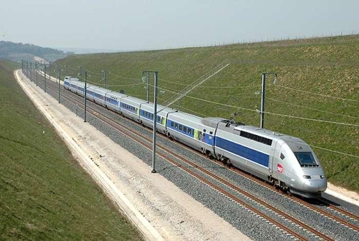 9 сверхскоростных поездов, быстрее которых просто не существует