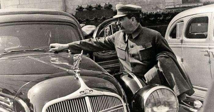 От сталинского ЗИС до «Кортежа»: все секреты отечественного «спецтранспорта»