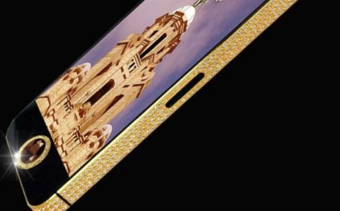 5 сказочно дорогих смартфонов, выручки от которых хватило бы на все, чего душе угодно
