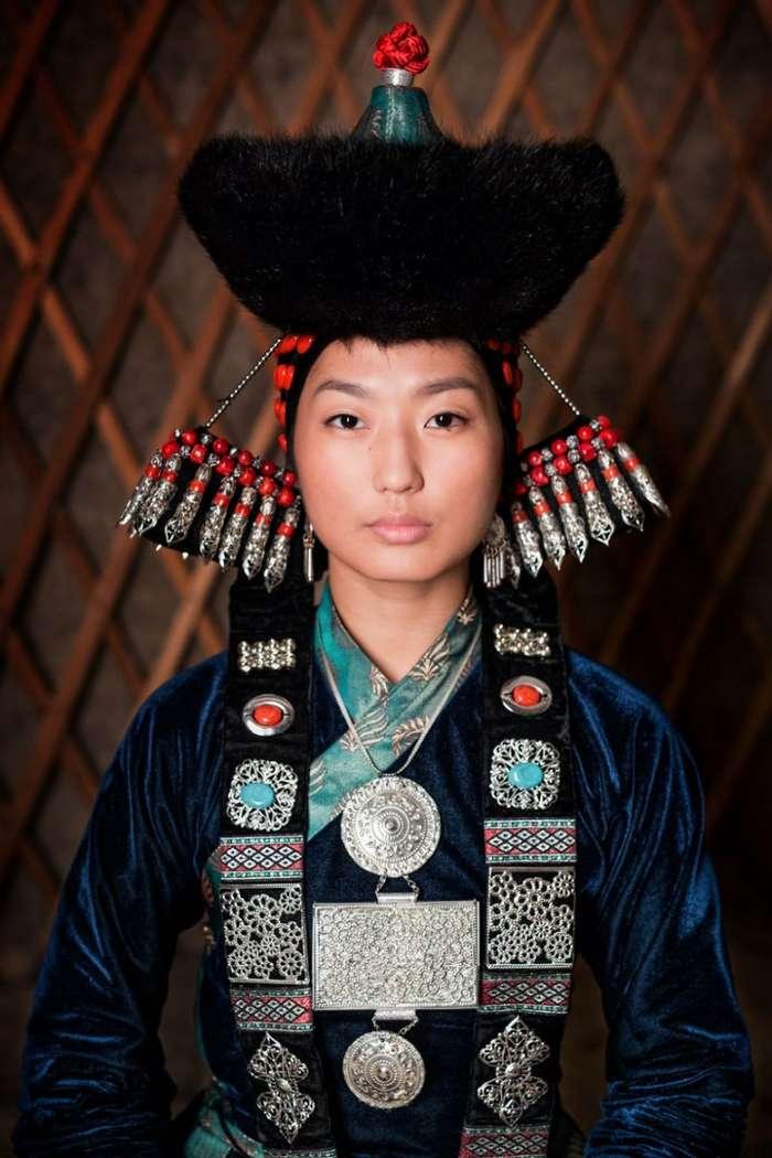 Самобытность и красота коренных жителей Сибири (11 фото)
