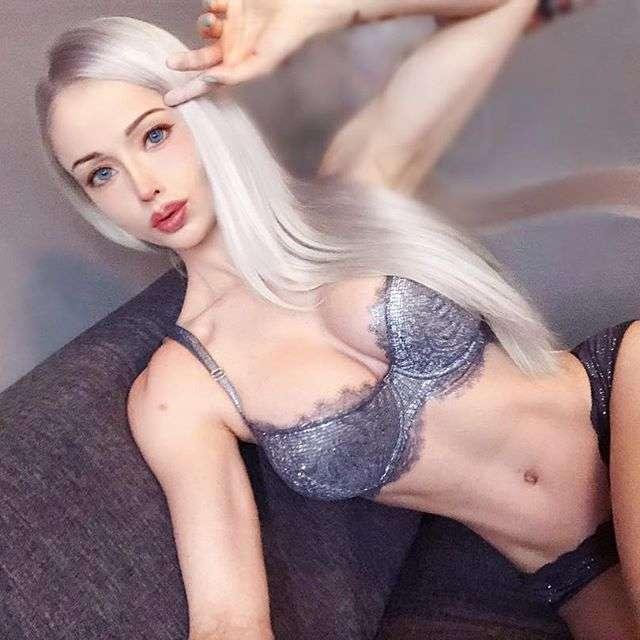 Девушка-Барби из Одессы стала накачанной амазонкой