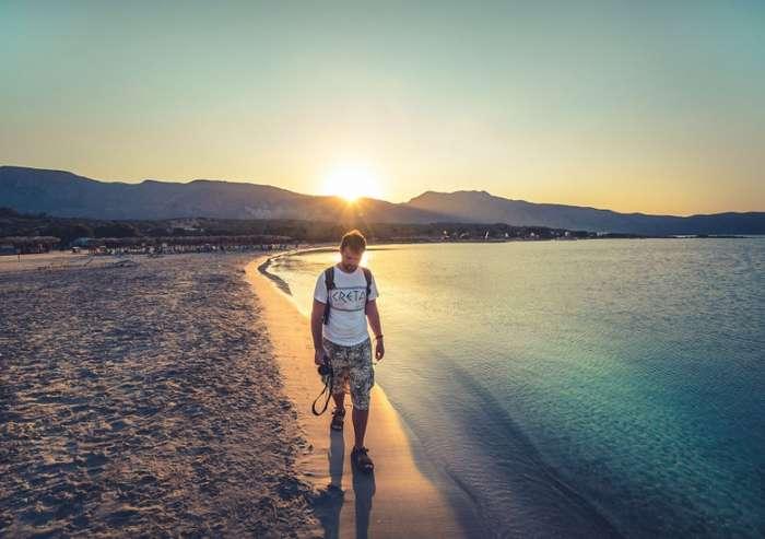 Завораживающая красота: розовый песок пляжа Элафониси на Крите