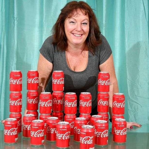 Женщина выпивала 30 банок кока-колы ежедневно в течение 20 лет