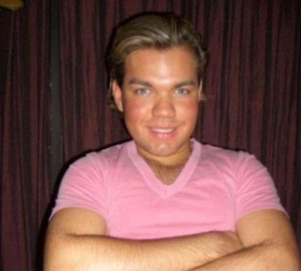 Наконец-то, Родриго Алвес - кукла Кен, заявил, что доволен своим видом и прекращает операции