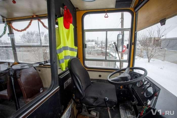 Волгоградец осуществил мечту детства и купил автобус Ikarus-13 фото-