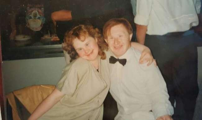 Пара отметила 23-ю годовщину свадьбы, азаодно доказала, что для любви нет преград