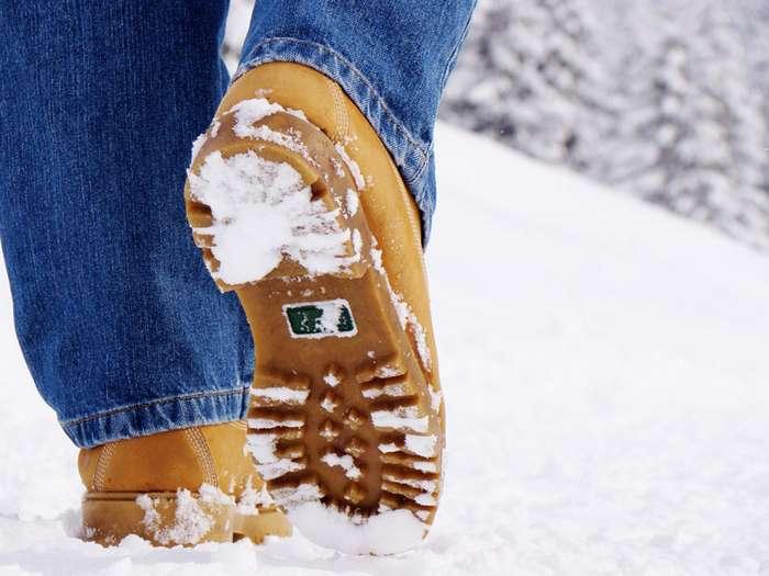 Как ухаживать за обувью в любой сезон, чтобы она выглядела так, будто вы ее только купили