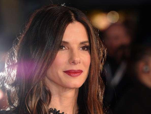 7 невероятно красивых голливудских звезд, которые терпят фиаско в любви