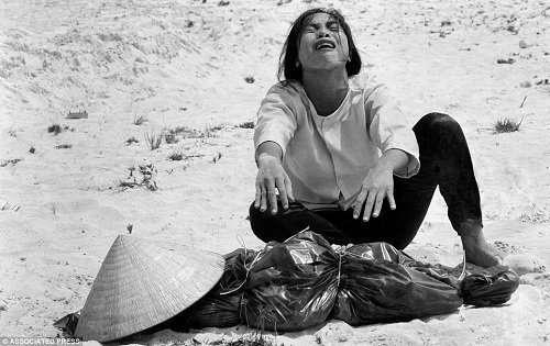 -Столкновение миров-: 45 лет назад США проиграли войну во Вьетнаме-3 фото-