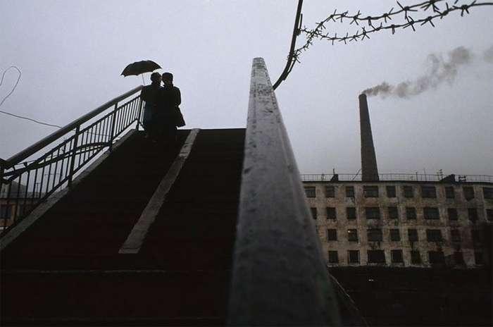Россия сразу после развала Советского Союза: фотографии Жан-Поля Гийото-24 фото-