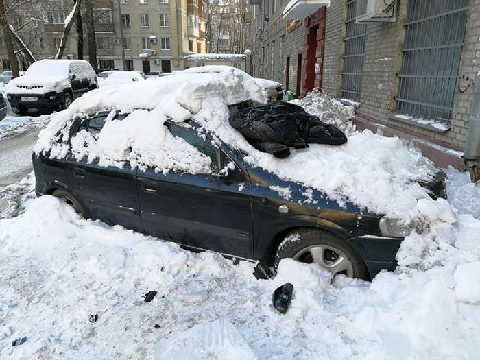 Эй, гражданина, ты туда не ходи, или зимнее разгильдяйство с участием матраса-8 фото + 5 видео-