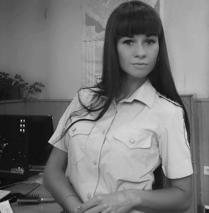 Арестуйте меня полностью: сногсшибательные девушки МВД РФ-21 фото-