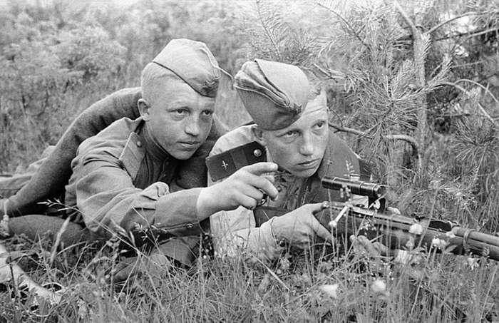 Война - дело молодых-42 фото + 1 видео-