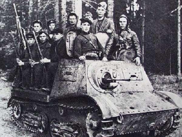 Немцев и полицию резали и кололи как поросят-10 фото-