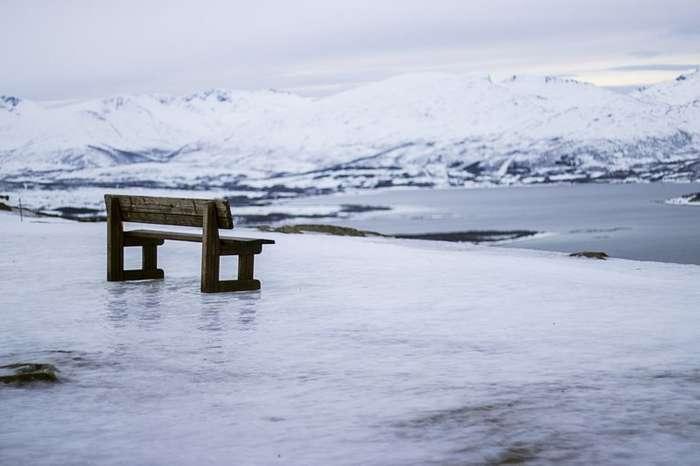 30 удачных мест, чтобы поставить скамейку-30 фото-