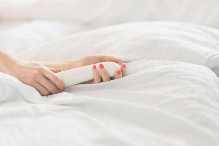 Самые нелепые мифы о сексе, в которые верили люди