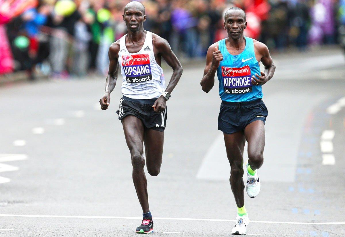 Мировой рекорд кенийца: 42 км за 2 часа