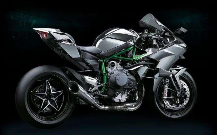 7 невероятно мощных и быстрых мотоциклов, от езды на которых заложит уши
