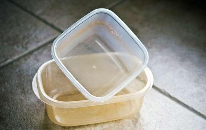 Как вывести неприятный запах из пластиковых лотков и банок, если он уже не -отмывается-