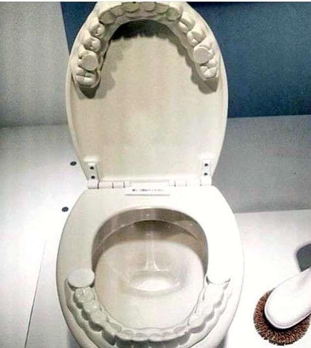 Унитаз с зубами, сумка-вымя и другие дизайнерские вещи, к которым общество еще не готово (18 фото)