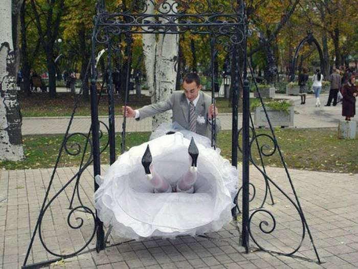 17 хардкорных свадебных снимков, которые хочется спрятать подальше