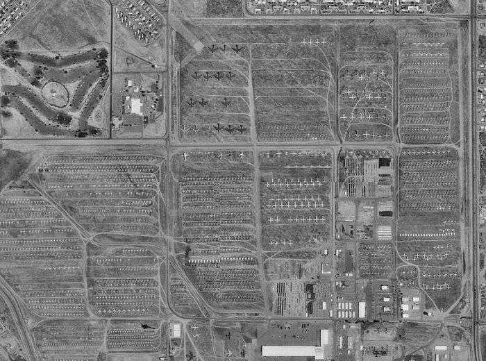 База-кладбище в американской Аризоне, где тысячи самолетов ждут своего часа