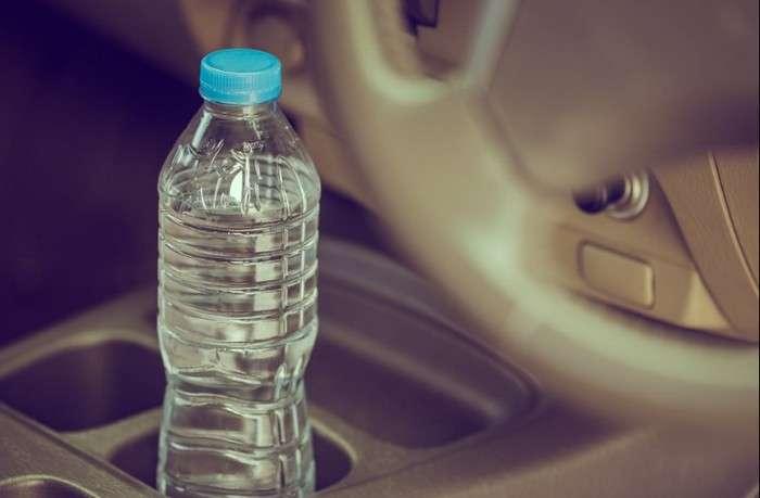 12 вещей, которые точно нужно хранить в машине, чтобы быть готовым ко всему