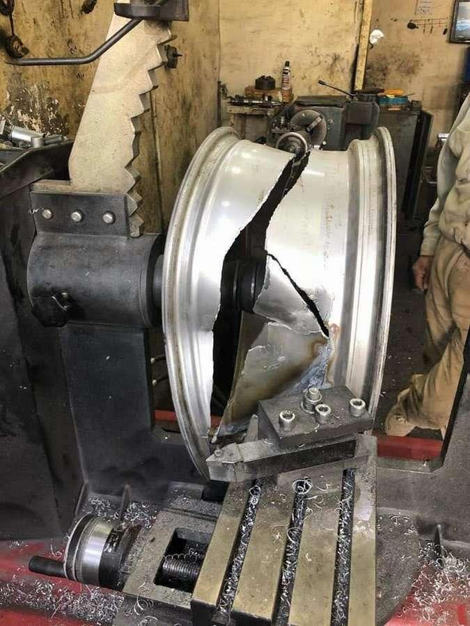 Как разбитые литые диски превращаются в конфетку