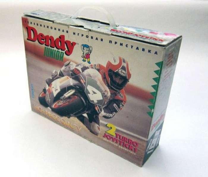 Память детства: мотогонщик с приставки Dendy Junior