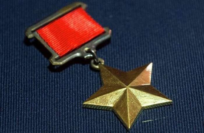 За что лишали звания -Герой Советского Союза-: резонансные случаи, которые вошли в историю