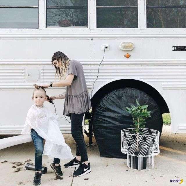 Дом из школьного автобуса (еще один!)
