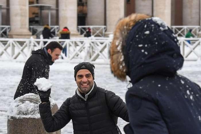 Небывалый снегопад в Риме