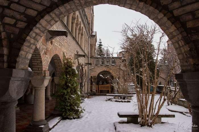 Замок Бори - один из главных исторических памятников Венгрии