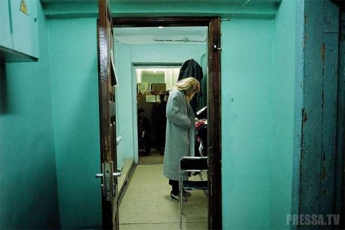 Россия в 90-е годы - глазами французского фотографа Лиз Сарфати