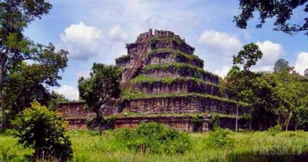 Топ 10: Малоизвестные пирамиды по всему миру