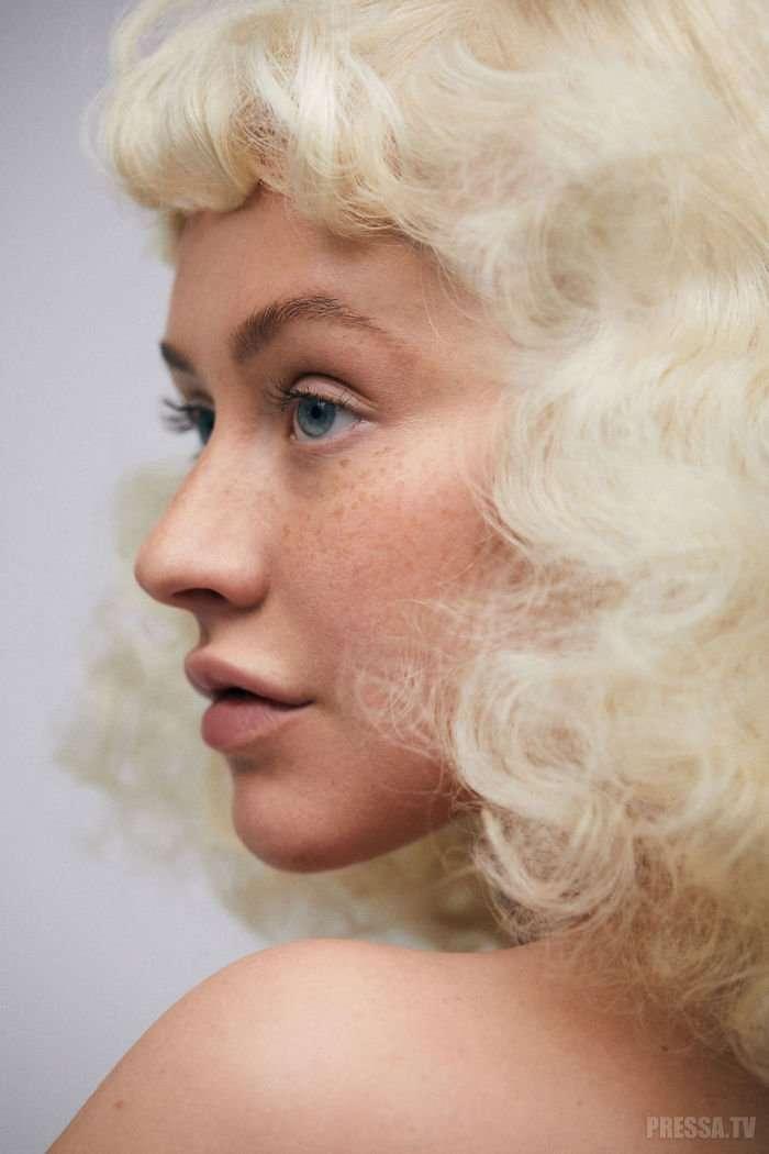 Кристина Агилера в новой фотосессии без макияжа