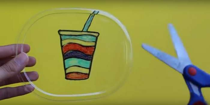 Почему творческие родители не выбрасывают пластиковые контейнеры в мусор. Отличные поделки для детей!
