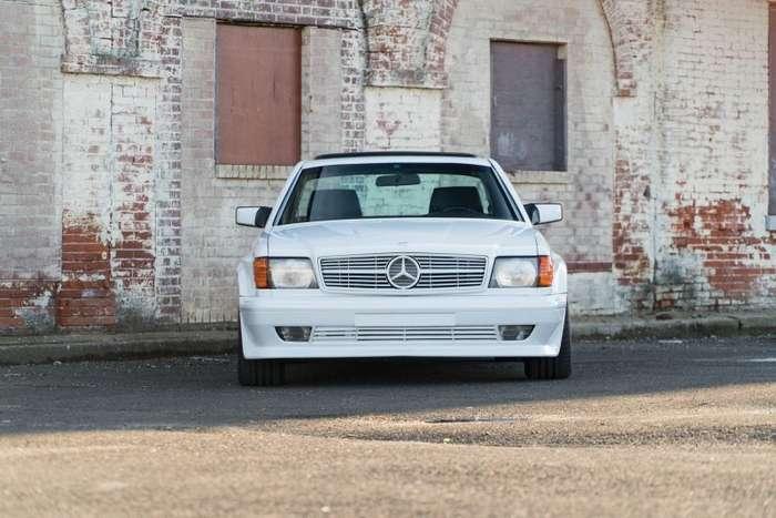 Великолепное купе Mercedes-Benz 560 SEC 6.0 AMG 1986 года выставят на торги-19 фото-