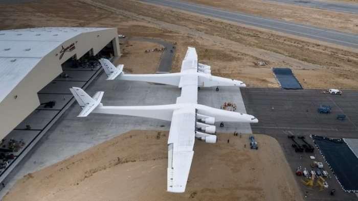 Самый большой самолет мира ещё и самый быстрый