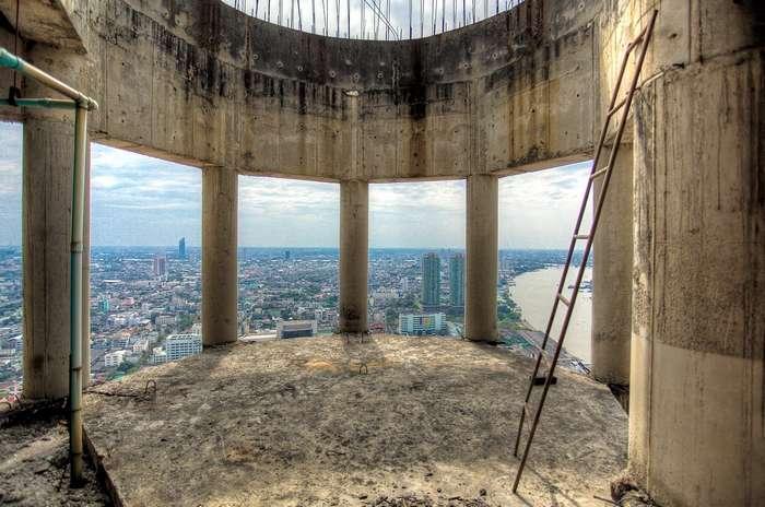 Самый большой заброшенный небоскреб находится в Бангкоке