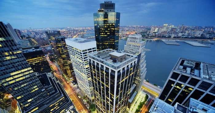 Миллионера-скупердяя из Нью-Йорка по суду лишают социальной квартиры
